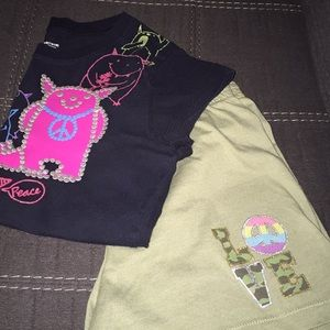 Peace Sign Shorts Outfit, 2 pcs